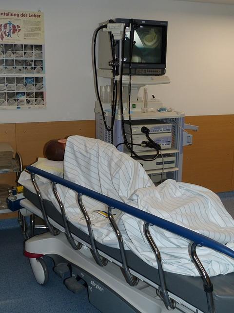 hospital-699461_640