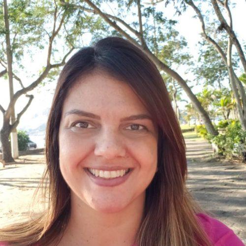 Elaine Dias
